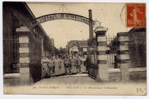 Sortie des ouvriers - manufacture d'allumettes rue Jean Jaurès - Trélazé