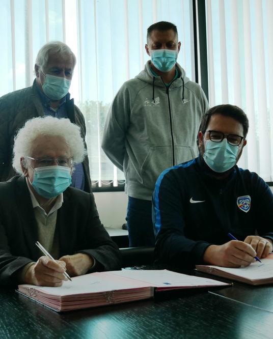 Image de l'article Un partenariat renouvelé entre la Ville et le District de Football Maine-et-Loire